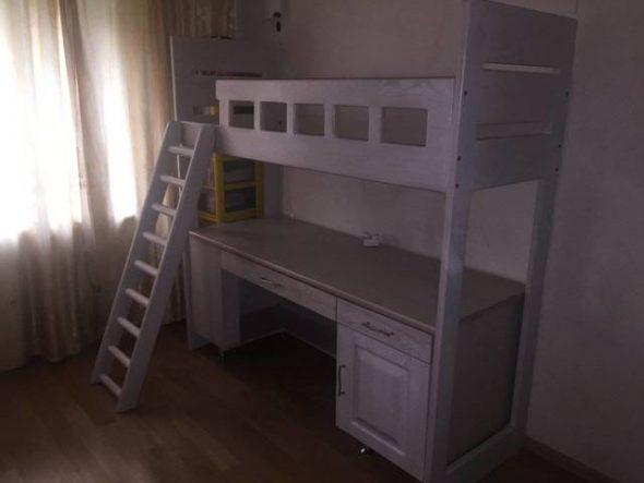 Детская кровать чердак из массива дуба