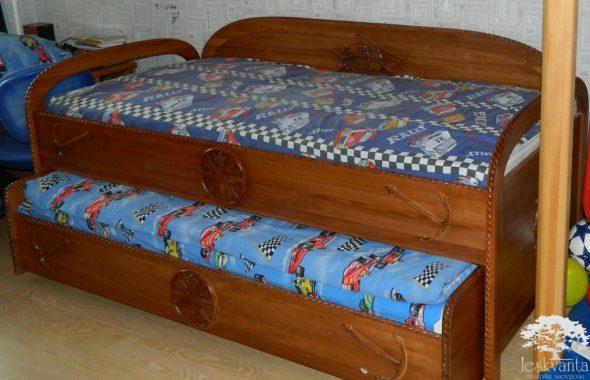 Детская кровать из массива ясеня