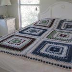 Двухцветный узор для покрывала на кровать