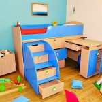 Красивый детский мебельный уголок