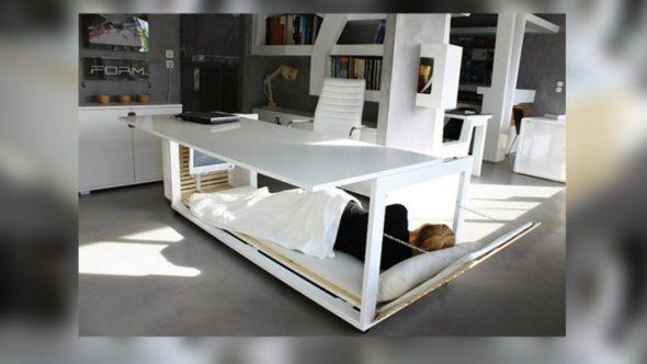 Креативный стол-кровать