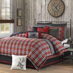 Кровать в шотландских мотивах