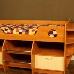 """Невысокая кровать """"Корабль"""" оригинального дизайнерского решения"""