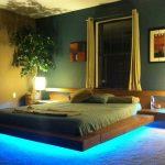 Оригинальное оформление спальни в эко стиле