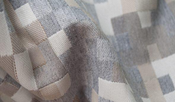 Плотная и прочная ткань