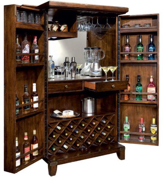 Шикарный бар в гостиной