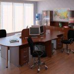 Коричневая офисная мебель