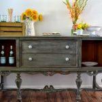 Старая мебель в новом виде сможет дополнить ваш интерьер
