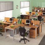 Правильная расстановка мебели в офисе