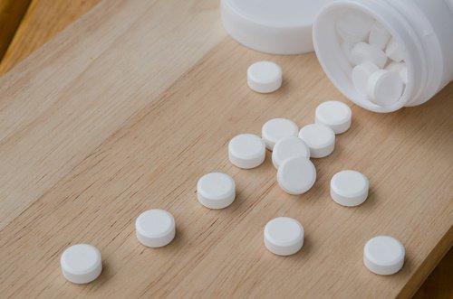 Аспирин содержит салициловую кислоту