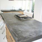 Бетонные кухонные поверхности просты в использовании