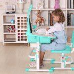 Детский стол и стул для ребенка школьного возраста