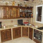 Дизайн современной кухни под старину