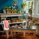 Элементы бетона присутствующие в различной мебели актуальны на кухне или на даче