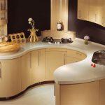 Фигурная литая кухонная столешница
