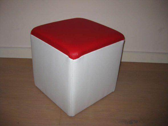 Готовый кубический пуфик