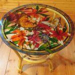 Красивый разрисованный стол своими руками