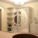 Красивый угловой шкаф для коридора с интересным оформлением