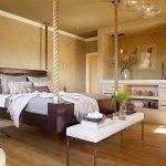 Крепкая и большая подвесная кровать