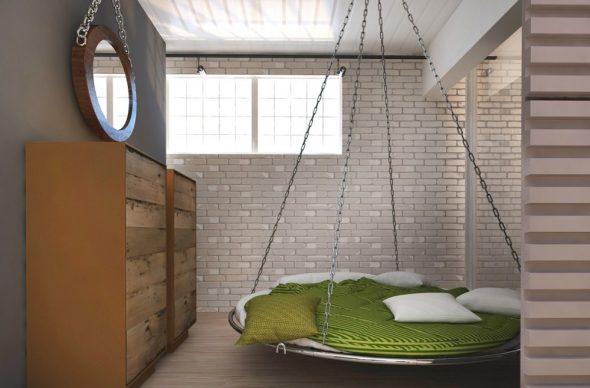 Круглая кровать на цепочках