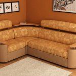 Маленький угловой диван для гостиной