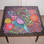 Подобный стол приобретает неповторимый стиль