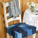 Подушка для стула из старых джинсов