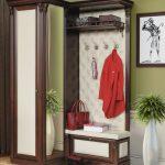 Рациональное размещение мебели для маленькой прихожей