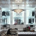 Шикарная гардеробная комната - мечта любой женщины