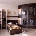 Шикарный шкаф-купе для спальни