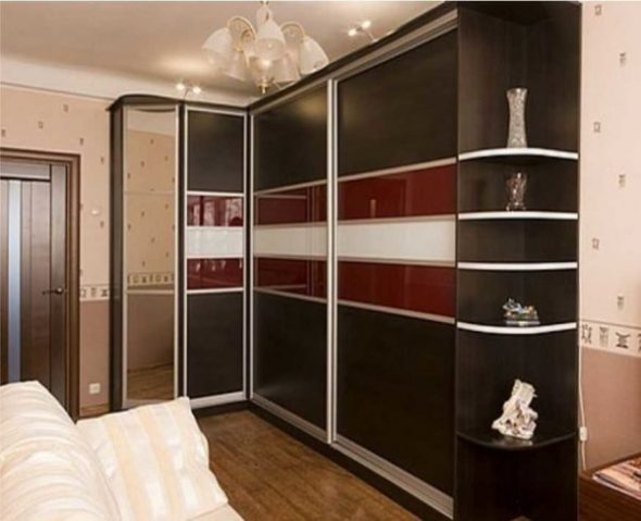 Г-образный шкаф