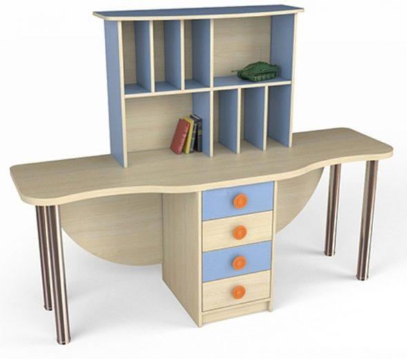 Стол для двоих детей из ДСП