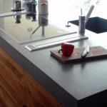 Удивительная долговечность и бесконечное разнообразие дизайна делают бетонные столешницы отличным выбором для любой кухни