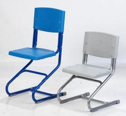Удобная модель - регулируемый стул от фабрики Дэми, высота которого корректируется по мере роста ребенка