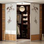 Удобный шкаф-гардеробная