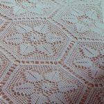 Белые ажурные элементы для вязанного покрывала