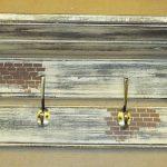 Деревянная вешалка для одежды в стиле лофт