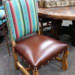 Обеденный стул из дерева с новым сиденьем