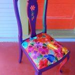Обновление стула в цветочных мотивах