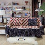 Оригинальный чехол на диван и подушки своими руками
