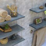Подвесные стеллажи для мелочей в ванной