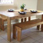 Стильный кухонный стол