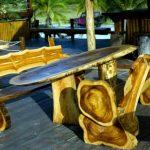 Уличная мебель из спилов дерева