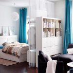Зонирование гостиной для приема гостей и сна