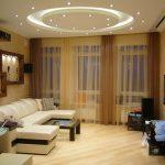 Белый кожаный диван с двумя угловыми частями