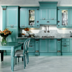 Бирюзовый кухонный гарнитур в стиле прованс