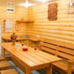 Деревянные стол, скамейки и полки своими руками для бани