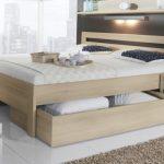 Двухспальная кровать с двумя большими ящиками