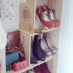 Хранение обуви в вертикальных коробках