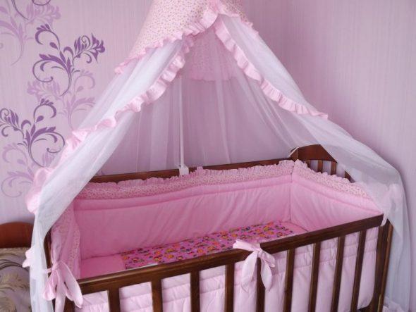 Красивый балдахин для детской кроватки